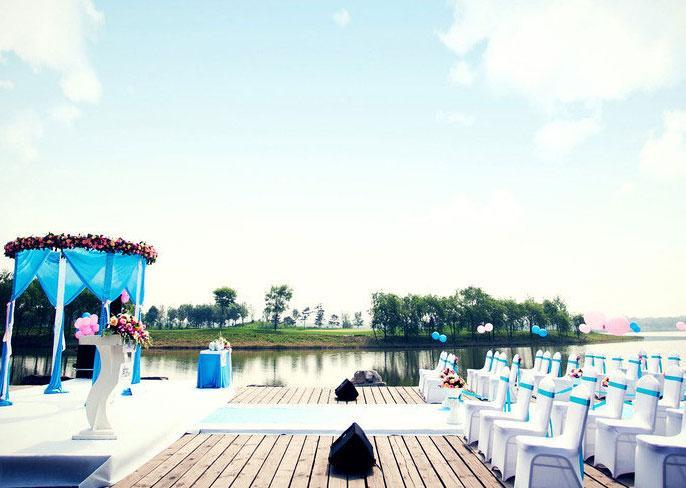 湖边水上婚礼套餐