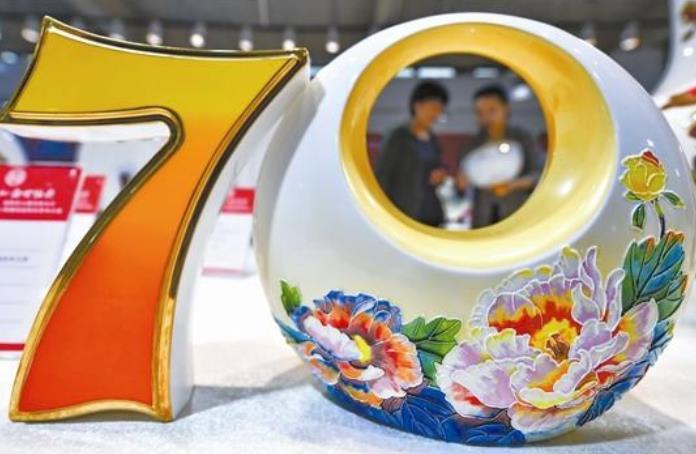 聚焦唐山中国陶瓷博览会:大师云集 精品荟萃