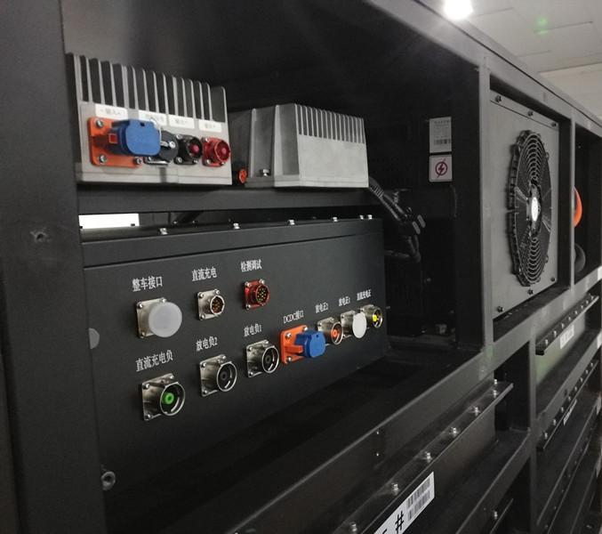 电池热管理控制器成功配套某移动储能项目
