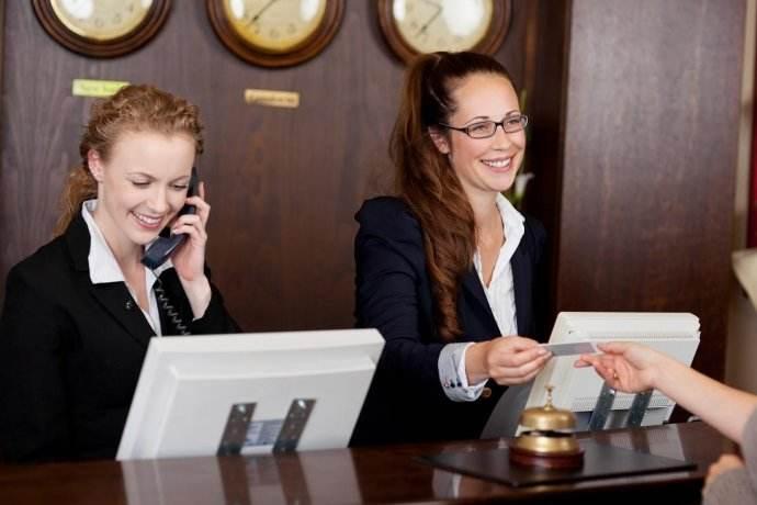 酒店礼仪与服务技能培训