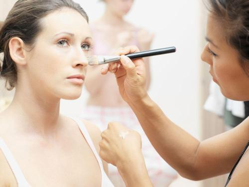 跟妆化妆师速成班 深圳跟妆化妆师速成培训学校