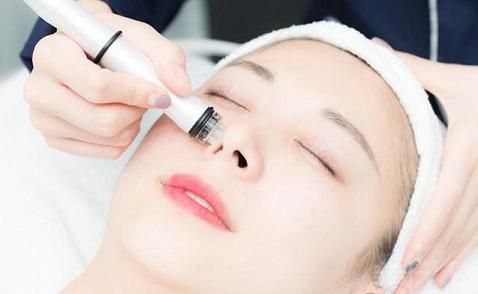 化妆水、紧肤水、精华水、护肤水究竟该怎样挑选?