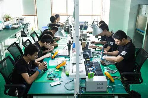 电脑数码全能维修班 入学签定就业协议,毕业免费安排就业