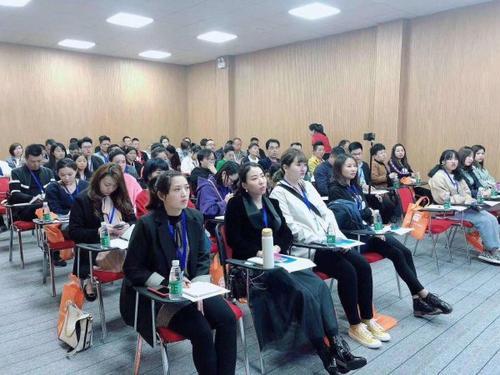 深圳服装类销售主播培训课程 深圳服装类销售主播培训班