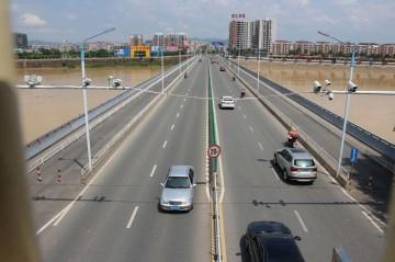 京台高速监控系统远程供电