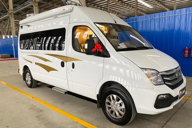 七狼长轴高顶B型房车29.8万元 2.0T柴油涡轮增压发动机 国六排放标准 大通V80底盘