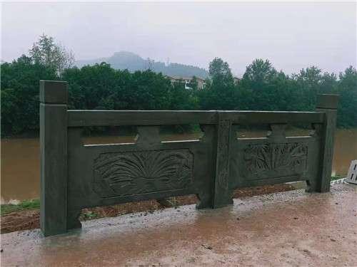 四川青石浮雕欄杆款1_成都翰林石材量大從優