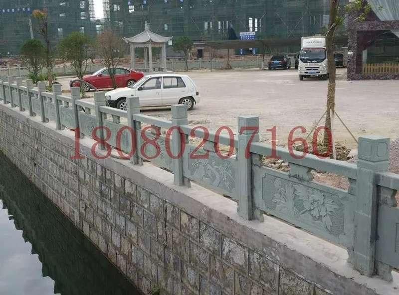 河道青石欄杆項目_成都翰林石材質地好價更低