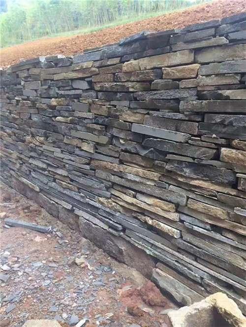 四川青石牆體碎拼——成都翰林石材款式多樣