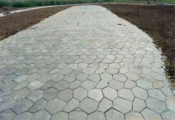 青石冰裂紋石材鋪裝